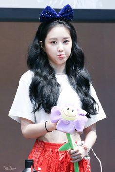180706 목동 팬사인회 #에이핑크 #손나은(@Apinksne) #Apink #나은 #naeun 우리 이쁘니 귀요미