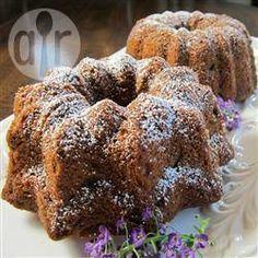 Piernik (bolo polonês de mel com nozes e passas)