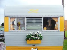 sunny yellow #camper #trailer