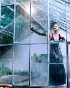 'A Feast for the Eyes' Linda Evangelista by Steven Meisel for Vogue US (December 1996).