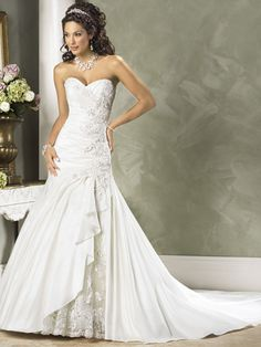 A-Line Sweetheart Neckline Strapless Lace Applique Taffeta Wedding Dress Style Jovi