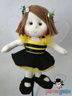 Boneca de pano Bizzy - Abelhinha  Opções de tamanho: 30 cm