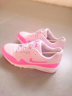 new style 58075 0c3a3 Air max lilas et rose Lilas, Chaussure Basket, Chaussures Femme, Mode Femme,