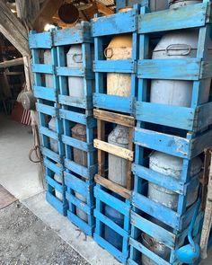 "Larry Licata and Judit Gati on Instagram: ""www.antiquebuyingtrips.com #milkcan #milkcans #vintagemilkcans #antiquemilkcans #rusticstyle #rusticdecor #rusticfarmhouse #farmhousedecor…"" Rustic Style, Rustic Decor, Milk Cans, Rustic Farmhouse, Hungary, Antiques, Stuff To Buy, Antiquities, Antique"