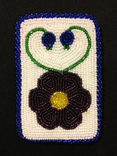Ojobwe floral beaded card holder 2013- Jessica gokey