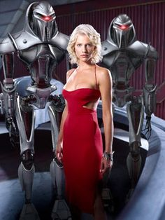 Tricia Helfer as the 'Caprica Six' model Cylon on Battlestar Galactica. She also played several other Cylons: Shelly Godfrey, Gina Inviere, Natalie Faust, Lida and Sonja (all physically the same Cylon model). Battlestar Galactica, Kampfstern Galactica, Tricia Helfer, Jaimie Alexander, Sci Fi Series, Tv Series, Jessica De Gouw, Jessica Alba, Science Fiction