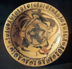 """Ceramica etrusca a figure nere Piatto pontico, attribuito al """"Pittore di Tytios"""" 520 a.C."""