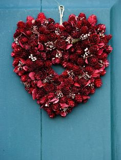 Valentine's Day Wreaths - Made out of Pine Cones & then sprayed with red floral spray - No directions/Only Picture