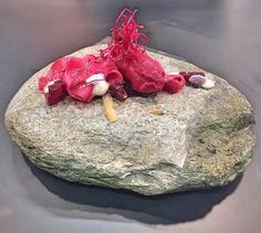 """Inizia @identitagolose  con la """"seppia in rosa"""" dello chef #marcoperez per #Agrimontana... - #gourmet #instafood #foodie #tasting #picoftheday #nature #delicious #eat #èperlavoro #italianexperience #daianalorenzato #follow"""