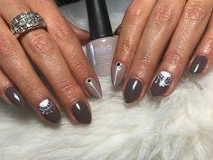 lacey autumn nails #greynails #autumnnails #naildesign