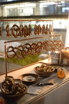 Your place to buy and sell all things handmade - Pretzel Bar Display Pretzel Bar Holder Stand Wedding Table Octoberfest Party, Oktoberfest Food, Wedding Pretzels, Wedding Snacks, German Wedding, B Food, Bar Displays, Beer Festival, Grad Parties
