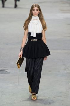 CHANEL Spring/Summer 2015 Collection  Paris Fashion Week