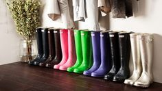 If someone wants to buy me some Hunter Wellies... since its raining AND its almost my birthday... I really want yellow ones!
