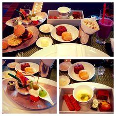 Afternoon Indulgence...High Tea @ Four Seasons #Tokyo @ Marunouchi. Highlights: Mini-churros with strawberry cream Wagyu Beef Slider Valrhona Hot Chocolate #davidkimyoga #yogaroadwarrior #japan #fourseasons