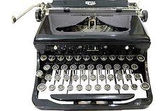 1920s Royal Typewriter