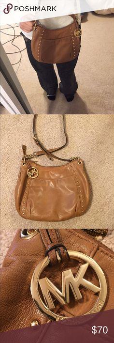 Michael Kors Crossbody Purse MK authentic purse! Fairly used but still super cute, good quality, & very usable. Michael Kors Bags Crossbody Bags