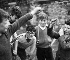 Boys playing conkers in the schoolyard Childhood Images, My Childhood Memories, Best Memories, Conkers, Thanks For The Memories, Forest School, Boys Playing, Retro Toys, My Memory