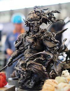上海ワンフェスで展示されていたZhelong Xu @xuzhelong さんの作品、今年もすごくカッコよかった!!磁器の作品プレゼントして頂きとても嬉しかったです!箱までかっこいい!大事にします。pic.twitter.com/wphRTIqH6i Character Inspiration, Character Art, Character Design, Samurai Warrior Tattoo, Sculpture Art, Sculptures, Samurai Artwork, Wow Art, Dark Fantasy Art