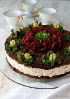 Salmon and mozzarella cake - Clean Eating Snacks