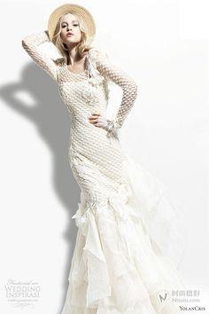https://flic.kr/p/BM1REh | Trouwjurken | Bekijk onze ruime collectie trouwjurken. De meeste en mooiste betaalbare trouwjurken bij de Grootste Bruidszaak van Nederland! | www.popo-shoes.nl