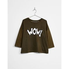 WOW! patch T-shirt - Khaki Trend - Bershka Belgium (€16) ❤ liked on Polyvore featuring tops, t-shirts, brown t shirt, bershka, khaki t shirt, bershka t shirt and brown tee