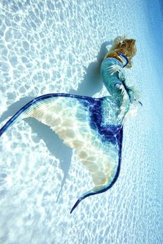 15 Photos of a Real-Life Mermaid You Have to See to Believe  - Seventeen.com