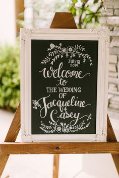 Photo by Danielle Poff Photography | Read more - http://www.100layercake.com/blog/?p=79651 #chalkboard #wedding #signage