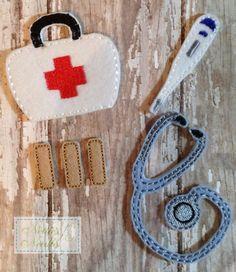 Doctor y enfermera herramientas para muñecas por NettiesNeedlesToo