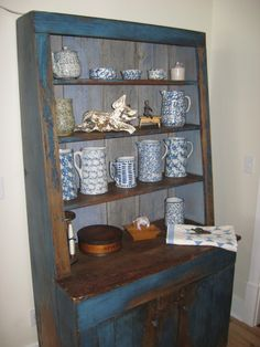 Blue and White Spongeware - beautiful display - from the website of Blue and White Pottery Club
