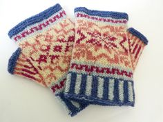 'Fair Isle Mitts' by Clare Hutchinson. Super for using up mini skeins or scraps. Knitting project ideas for stash busting.