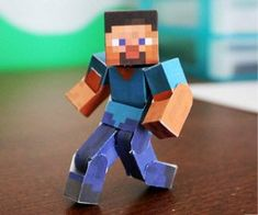 Pixel Papercraft - print out your Minecraft character, creepers and more.