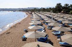 Após queda de avião, resorts do Egito enfrentam 'fuga' de turistas (foto: EPA)