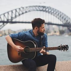Jarrad Seng is an Australian music and travel photographer, working with the likes of Passenger, Matt Corby, Ed Sheeran and Matchbox Twenty. Mike Rosenberg, Matt Corby, Matchbox Twenty, Nail Biting, Bruce Springsteen, Coldplay, Felt Hearts, Man In Love, Travel Photographer