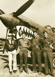 """Officers of the 23rd Fighter Group pose with their """"Shark Mouth"""" P-40 - #flyingtigers"""