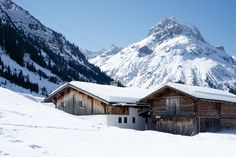 Holiday Resort, Mount Everest, Mountains, Landscape, Winter, Vacation Places, Winter Time, Scenery, Landscape Paintings