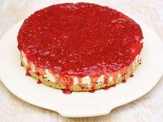 Vaniljcheesecake med rårörda hallon