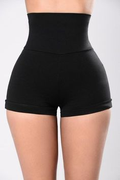 Struggling to find the right shorts for women? When all your options are too long or too short, Fashion Nova has the perfect women's shorts in a variety of styles. Cute Skirt Outfits, Curvy Outfits, Cute Skirts, Casual Outfits, Dance Outfits, Girl Outfits, Fashion Outfits, Sport Shorts, Gym Shorts Womens