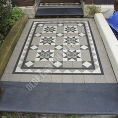 Olde English Tiles – York pattern with the Richmond border. Porch Tile, Patio Tiles, Outdoor Tiles, Outdoor Areas, Front Verandah, Front Porch, Front Garden Path, Garden Paths, Garden Ideas Terraced House