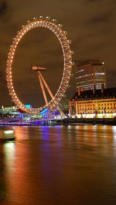 I think this is so beautiful! London Eyes - download the HD version at iphone5wallpapershub.com