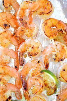 """guardians-of-the-food: """"Honey Lime Shrimp Kabobs - 4 ingredient marinade; sweet and tangy shrimp! Shrimp Kabob Recipes, Shrimp Kabobs, Seafood Recipes, Grilled Prawns, Marinated Shrimp, Miso Butter, Butter Shrimp, Easy Cooking, Cooking Recipes"""