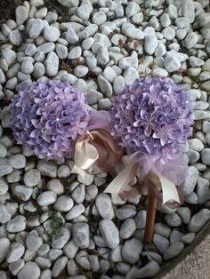 Bouquet per testimoni e damigelle con fiori vari di BOMBOSTEFY