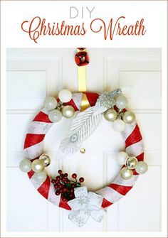 Learn how to make a fabric and ribbon DIY Christmas Wreath #HolidaysWithMilos #drinkmilos (ad) @DrinkMilos