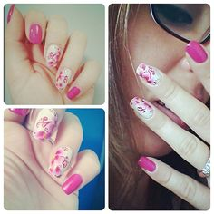 Fuchsia flowers on nails