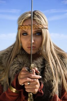 Viking girl warrior on a blue sky background. Portrait of the blonde girl in the , Viking Warrior Woman, Viking Life, Warrior Girl, Fantasy Warrior, Warrior Princess, Warrior Women, Images Viking, Vikings, Thor