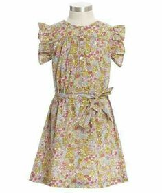 Forties house dress!! :-) I flipping LOVE this and YES I would wear this around like my streetcar of desire house dress
