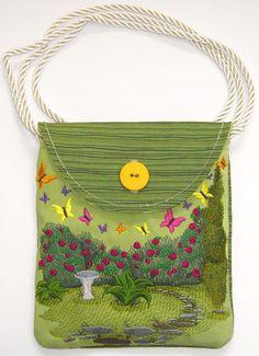 Butterfly Garden Purse (In-the-Hoop)