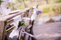 Lavender Lace Wedding - weddingchair decoration ribbon flowers lace stoeldecoratie bruiloft lint bloemen kant - Styling: Delcarte weddingplanning & -styling | Photography: Debby Elemans Photography | Flowers: Bruidsboeket & Zo