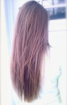 """Long and Layered Hair Style -€"""" A Look to Envy"""