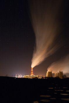 Light Pollution http://www.universcience.fr/fr/science-actualites/enquete-as/wl/1248136428123/pollution-ces-particules-qui-nous-empoisonnent/