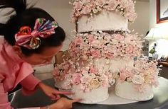 She Spent A Year Making Flowers For Her Wedding Cake. When The Camera Zooms Out ... Wow